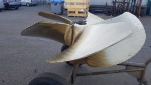 AMW-Marine Levert een casco schroef af